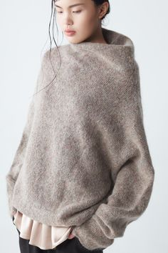 www.editionlocal.com >> Poncho Style Sweater