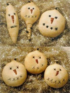 Primitive Snowman Ornies ornaments Pattern