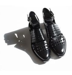 Alexander Wang Lyoka Oxford, shoes / Garance Doré #flatlay #flatlays #flatlayapp www.flat-lay.com