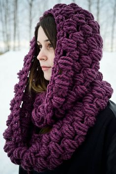 knitbrooks: My most popular item by far has been the oversized chunky puff stitch cowl in fig (that's a mouthful). I decided to create a bigger, infinity scarf version of the cowl, and I love the way it turned out. The Daphne is now available in my shop. Crochet Scarves, Crochet Shawl, Knit Or Crochet, Crochet Clothes, Knit Cowl, Knitted Hat, Knit Hats, Arm Knitting, Crochet Accessories