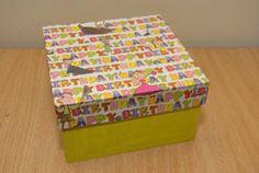 "Gift box ""Happy Birthday"" (27 LEI la pia792001.breslo.ro) Gift Boxes, Decorative Boxes, Happy Birthday, Gift Wrapping, Gifts, Happy Brithday, Gift Wrapping Paper, Presents, Wine Gift Sets"
