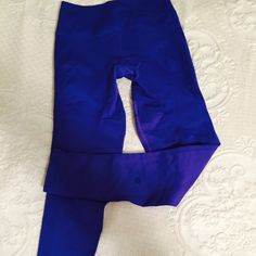 Lululemon wonder under pants size 8.. Brand new Never worn, size 8.  Color is hard to find, brand new!! Excellent condition!!  Not crop pants, wonder under bluish purple lululemon athletica Pants Leggings