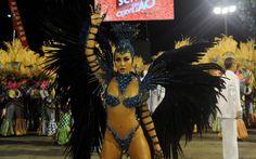 Brazilian Carnival - Sabrina Sato desfila pela Unidos de Vila Isabel, a última escola a desfilar no Rio pelo Grupo Especial