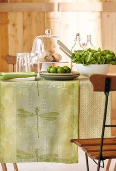 Tischläufer mit Libelle (von APELT STOFFE)