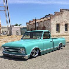 "3,405 Likes, 11 Comments - Matt Elliott (@lowfastfamous) on Instagram: ""Hot Wheels - Clean shot of ""Minty"" via @auto_body_tech_ray Chevrolet C10 getting ready to roll, so…"""