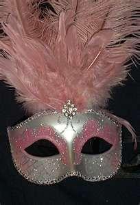 Mardi Gras Mask - love the pink