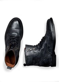 Just bought these and am very excited about wearing them. I think I may finally have grown up. Grunge Look, Well Dressed Men, Leather Ankle Boots, Pretty Boys, Men Fashion, Gentleman, Fashion Accessories, Oxford Shoes, Moda Masculina