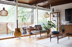 House Tour: A Seattle Mid-Century Home in the Woods | Apartment Therapy