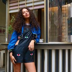LEATHER OVERALLS#emmetrend #leather #oversized #overalls #streetchic #streetlook #fashionista #fashionblogger #styleicon