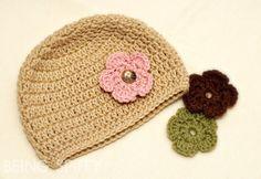 Beanie with interchangeable flowers (button on...ingenious yet simple). wildflower_hat_crochet_tan.jpg