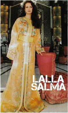 lalla+salma_mariage Morrocan Dress, Moroccan Caftan, Moroccan Style, Style Marocain, Royal Prince, Oriental Fashion, Fashion Quotes, Gold Dress, Kaftan