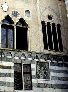 Genova, Piazza San Matteo Casa di Andrea Doria #TuscanyAgriturismoGiratola