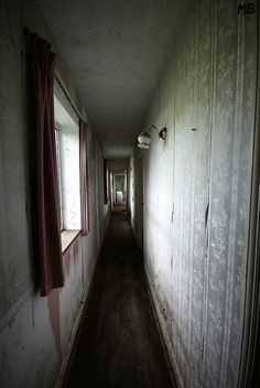 The Train Enthusiast's Home - July 2014 - Pic Heavy! - Derelict Places