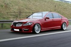 BENZTUNING: Mercedes S63 AMG W221 RED VIP
