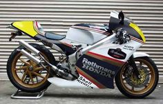 Honda NC431V Rothmans rep.............. see board: motogallerie#5- creations (incl. parts) for more.