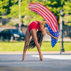 Star Spangled Dancers - Your Daily Dance Gymnastics Pictures, Dance Pictures, Contemporary Dance, Modern Dance, Bolshoi Ballet, Ballet Dance, Sofie Dossi, Dance Comp, Dancer Photography