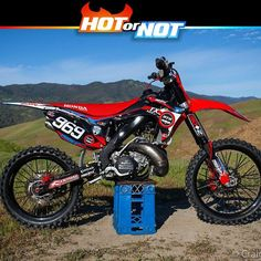 Webshop: dirtbike parts, motocross gear, enduro gear and accessories.