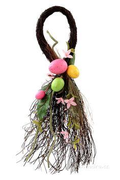 XL dekorace kapka s jarní tématikou proutí,květy,vajíčka - Vaše DEDRA - oficiální stránky Plant Hanger, Macrame, Easter, Christmas Ornaments, Holiday Decor, Plants, Home Decor, Room Decor, Christmas Jewelry