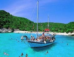 Take a cruise to Paxos-Antipaxos! Must Do in Corfu Greece, corfu travel guide by corfu2travel.com