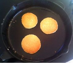 Almond Flour Pancakes – Gluten Free - Low carb recipes suitable for all low carb diets - Sugar-Free Low Carb Recipes