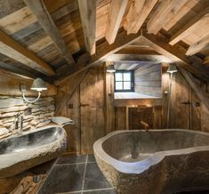 Chalet Interior, Rustic Bathroom Designs, Weekend House, Weekend Trips, Container House Plans, Earth Homes, Cabins In The Woods, Rustic Interiors, Staycation