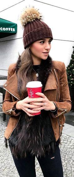 #winter #fashion /  Brown Beanie / Camel Jacket / Faux Fur Scarf / Black Skinny Jeans