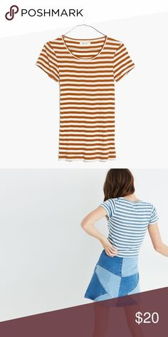Madewell slim ribbed tee in sandoval stripe In golden pecan color, worn twice. Size M. Madewell Tops Tees - Short Sleeve
