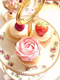 Strawberry Cupcakes-Vintage Tea Party by Heavenly-Cupcakes, via Flickr