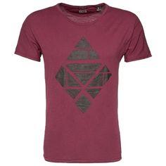 T-Shirt mit Print - Lässiges rotes T-Shirt von Scotch & Soda. Der Print mit strukturierter Oberfläche ist ein echter Hingucker. Jeans und Boots machen das Outfit komplett. - ab 39,90€