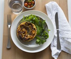 7 Days of Dinners - Weekly Meal Planner Tuesday: Roast Pumpkin and Feta Quiche #theurbannest #thrive-magazine.co.uk