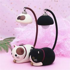 Adorable Kawaii Light Lamp that can be used to add a touch of light to any space. Kids absolutely love this product and any cat lover out there will do too. Cute Room Ideas, Cute Room Decor, Girly Things, Cool Things To Buy, Kawaii Things, Cute Night Lights, Photos Originales, Pastel Room, Kawaii Room