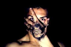 Tattoo Skull on hand. Great idea for halloween this month :)