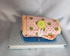 Folding Shopping Bag with Pink and Green Trim Folding Shopping Bags, Folded Up, Thank You Gifts, Small Gifts, Pink And Green, Cotton Fabric, Buy And Sell, Purses, Birthday