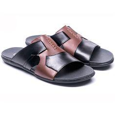 Produk terbaru dari www.eObral.com  Sandal Pria Bermerk Trend Fashion Terbaru GRO 271  Harga: Rp 220.000  Warna: Black Combination  Bahan: Leather TPR  Size: 39-43  Info lengkap, silahkan kunjungi  (http://eobral.com/sandal-pria-bermerk-trend-fashion-terbaru-gro-271/)  Untuk pemesanan, silahkan hubungi contact dibawah ini,  CS 1 ( SMS ke 085743770659 atau BBM ke 74BFCEDB ) CS 2 ( SMS ke 085634286626 atau BBM ke 7D6991FC )  Dengan format,  Kode Produk - U