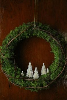 Rustic Wreath with Bottle Brush Trees ❤️