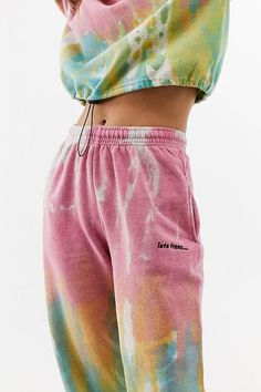 Watercolour Tie-Dye Joggers at Urban Outfitters today. Cute Sweatpants, Sweatpants Outfit, Jogger Sweatpants, Cute Comfy Outfits, Casual Outfits, Fashion Outfits, Tomboy Outfits, Fashion Weeks, Girl Fashion