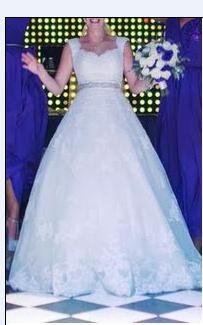 ¡Nuevo vestido publicado!  La Sposa – T4-6 ¡por sólo $8000! ¡Ahorra un 57%!   http://www.weddalia.com/mx/tienda-vender-vestido-de-novia/la-sposa-t4-6/ #VestidosDeNovia vía www.weddalia.com/mx