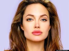Eyebrows For Square Face - Angelina Jolie Eyebrow Shape Haircut For Square Face, Square Face Hairstyles, Perfect Eyebrow Shape, Perfect Eyebrows, Dark Blonde Hair Color, The Face, Square Faces, Tips Belleza, Hair And Beauty