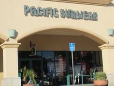Pacific Sunwear, Camarillo Outlets