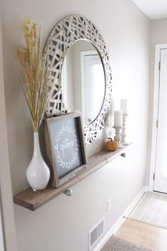 Shabby Chic Wooden Runner Entry Table Idea Entryway and Hallway Decorating Ideas Chic Entry idea Runner Shabby Table wooden Decoration Hall, Decoration Entree, Wall Decorations, Hall Way Decor, Aquarium Decorations, Front Hall Decor, Living Room Decorations, Entrance Table Decor, Entry Tables
