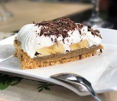 Veja a receita completa do Banoffee de banana no site do Canal Sony! Easy Banoffee Pie, Doce Banana, Baklava Cheesecake, Pecan Cake, Banana Recipes, Cookies, Dessert Recipes, Desserts, Chocolate