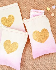 DIY Tutorial: Dip Dye Heart Favor Bags | Tutorial + Photo: Nole Garey for Oh So Beautiful Paper