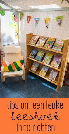 Tips om een leuke leeshoek in te richten Bookstore Design, Preschool Centers, Preschool Ideas, Hand Lettering Practice, Doodle Lettering, Classroom Design, Teacher Tools, Kindergarten Classroom, Montessori