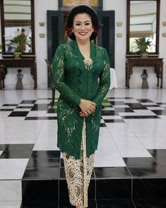 Kebaya Hijab, Kebaya Brokat, Batik Kebaya, Kebaya Muslim, Batik Dress, Model Dress Kebaya, Kebaya Modern Dress, Kebaya Jawa, Dress Shirts For Women