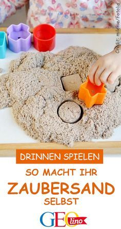 We show you how you can make magic sand yourself. With just a few ingredients! withchildren We show you how you can make magic sand yourself. With just a few ingredients! Crafts For Teens To Make, Fall Crafts For Kids, Diy For Teens, Kids Crafts, Diy And Crafts, Teen Diy, Sand Crafts, Upcycled Crafts, Summer Crafts