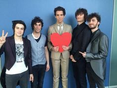 MIKA and the band Streetclerks