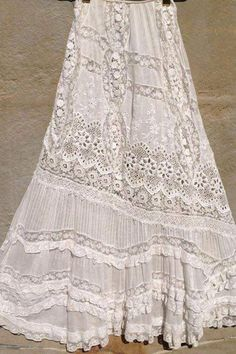 this skirt! Vintage white all over embroiderery Bonnie Strauss Clothing and JewelryLove this skirt! Vintage white all over embroiderery Bonnie Strauss Clothing and Jewelry Bohemian Mode, Hippie Chic, Bohemian Style, Boho Chic, Gypsy Style, Boho Gypsy, Hippie Style, Vintage Outfits, Vintage Dresses