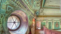 Incredible photos of 16 secret abandoned palaces.Photos by Patrycja Makowska.