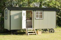 The Wall Bed Hut   Riverside Shepherd Huts