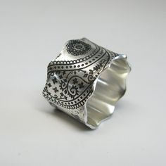 Vintage Inspired Paisley Sterling Silver Ring von janiceartjewelry Love this so much. It's beautiful!